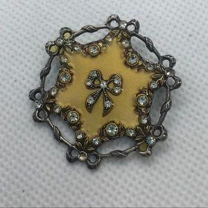 4 for $12: Vintage Bow Brooch